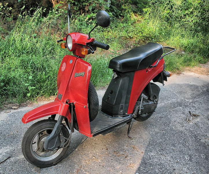 موتورسیکلت Bajaj sunny