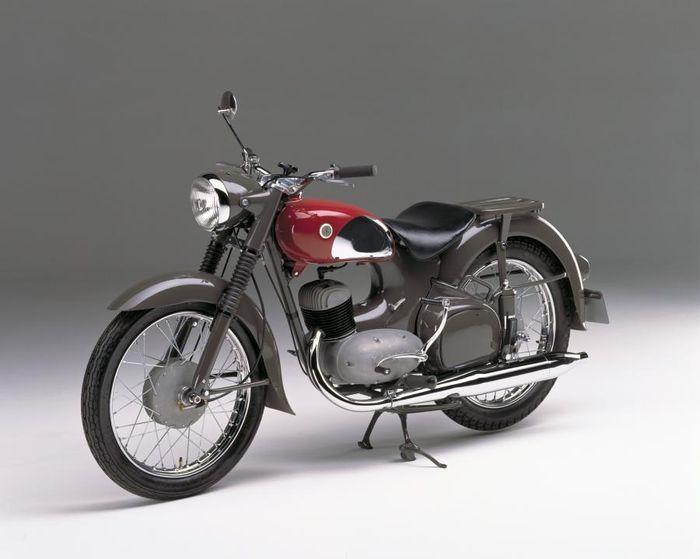 موتورسیکلت (YC1 )