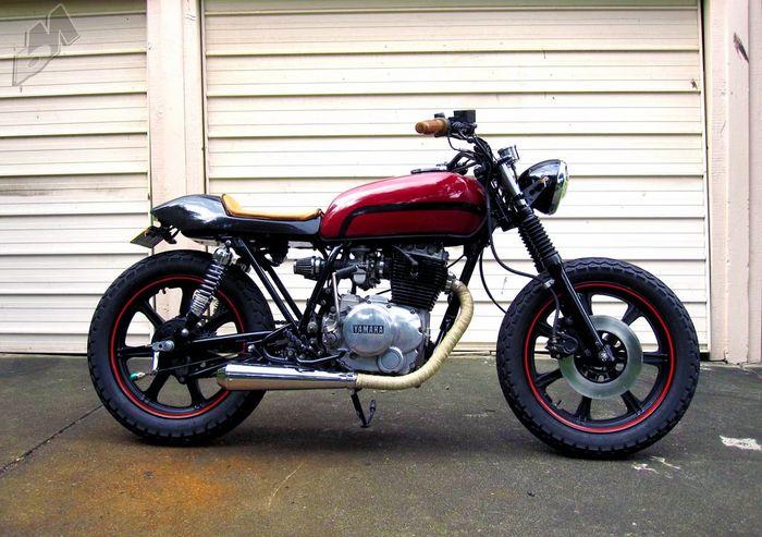 موتورسیکلت یاماها XS250
