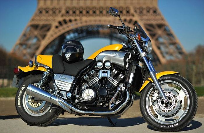 موتورسیکلت یاماها وی.ماکس-1200
