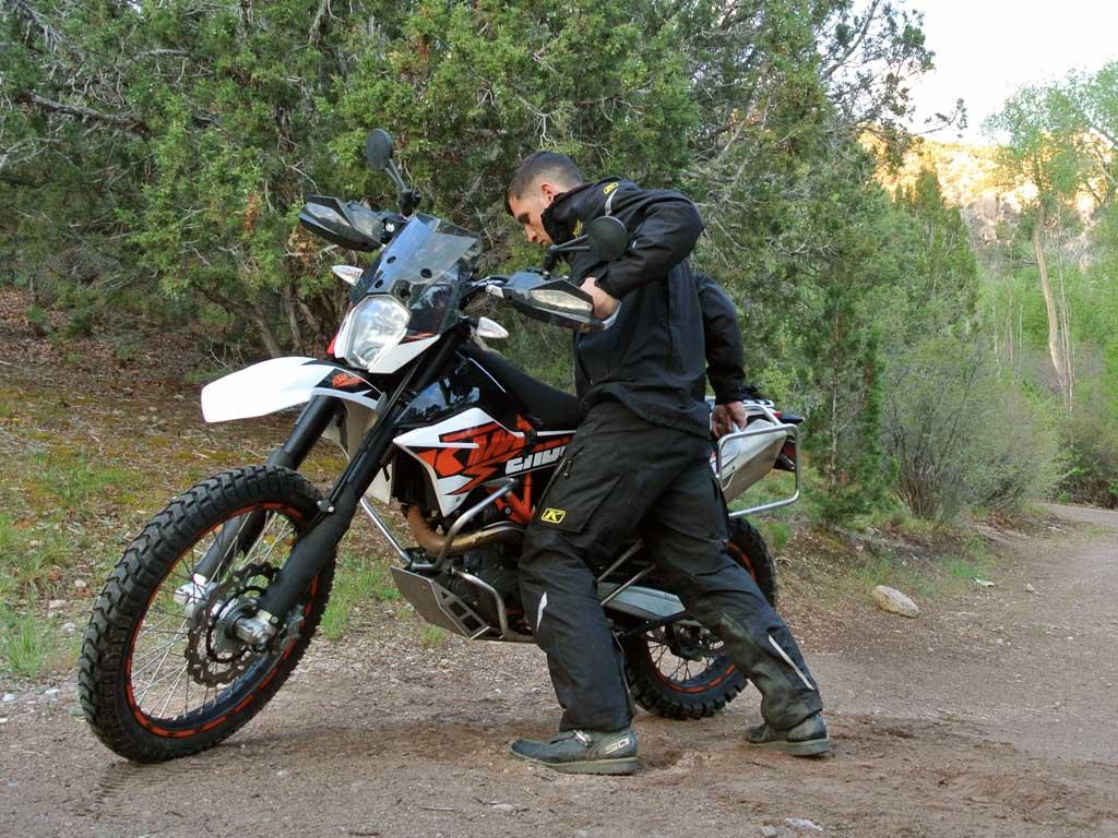 احتمالا اگرتا به حال با موتورسیکلت زمین خورده باشید